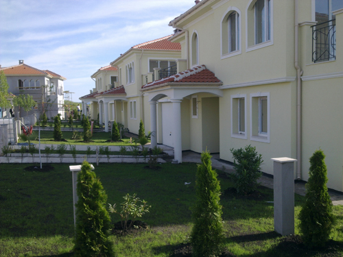 Houses and apartments for sale in Pomorie