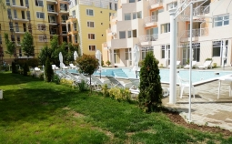 apartments for sale in Bulgaria - pool