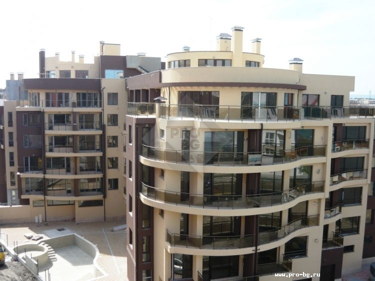 Resales in Bulgaria - 2 bedroom apartment in Pomorie near the beach