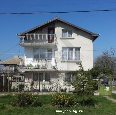A house for sale in a village in Bulgaria - a house in the Bulgarian village Tvarditsa